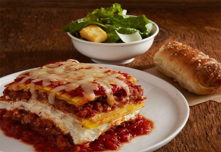 Villa Fresh Italian Kitchen in Gurnee, IL at Restaurant.com