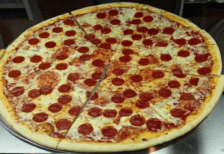 Bacci Pizzeria in Bensenville, IL at Restaurant.com