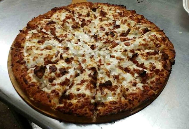 Hotrod Pizza and More in Shamrock, TX at Restaurant.com