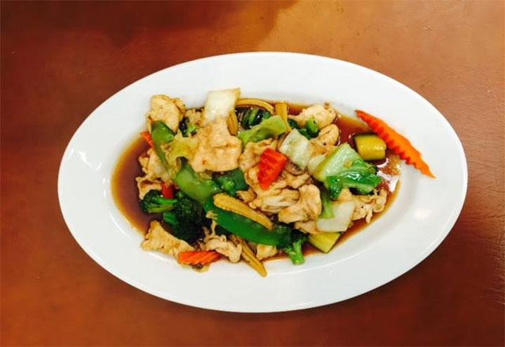 Amazing Thai Cuisine in Broken Arrow, OK at Restaurant.com