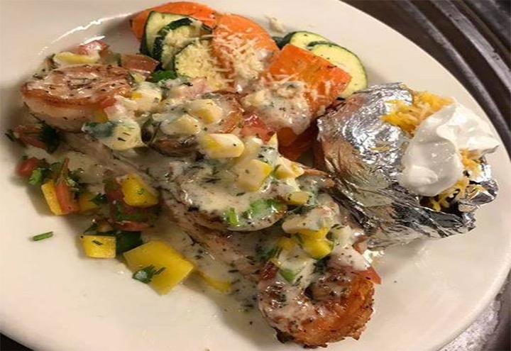 La Sirenita Seafood and Grill in Freeport, TX at Restaurant.com