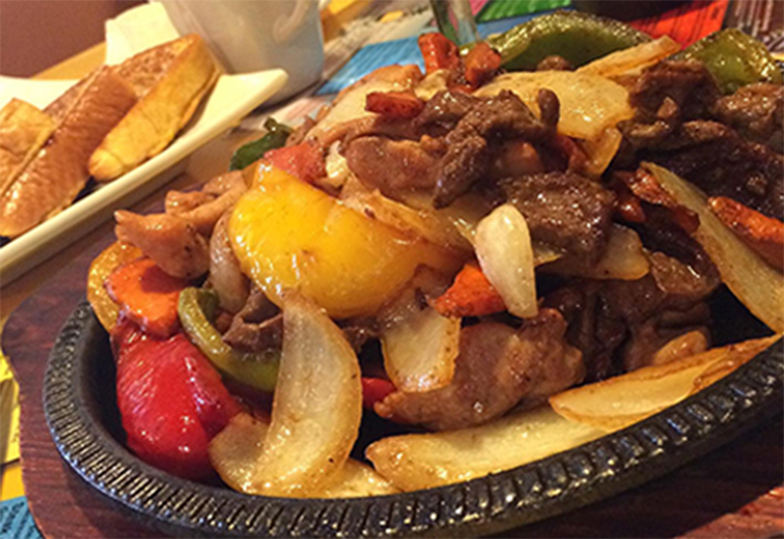 Pineapple Cafe & Mexican Grill in Oak Creek, WI at Restaurant.com