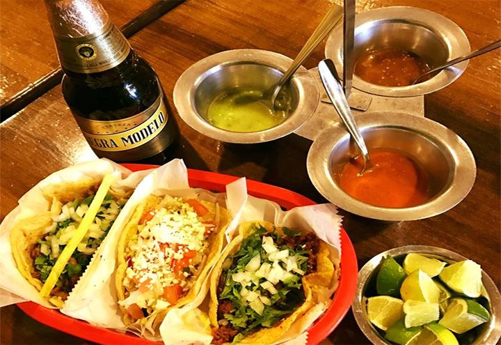 La Lagartija Taqueria in Chicago, IL at Restaurant.com