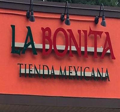 La Bonita Tienda Mexicana Logo