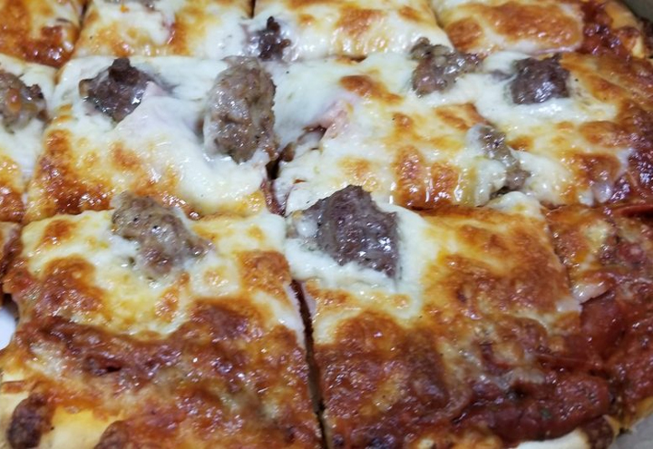 Piwi's Pizza, Wings & More in Bloomington, MN at Restaurant.com