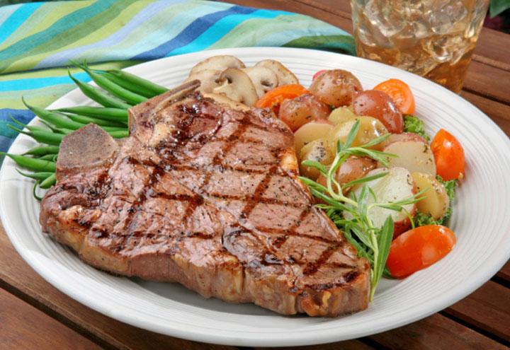 Fred's Steakhouse & Saloon in Elk City, OK at Restaurant.com