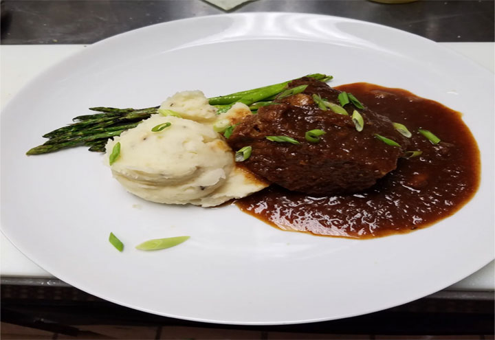 R's Kitchen in Cleveland, OH at Restaurant.com