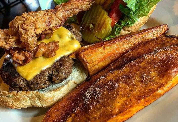 Big Poppa Burgers Chicken & Waffles in Harvey, LA at Restaurant.com