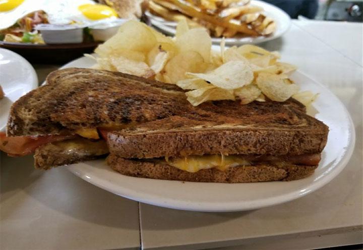 Picket Fence Cafe in Columbus, NE at Restaurant.com