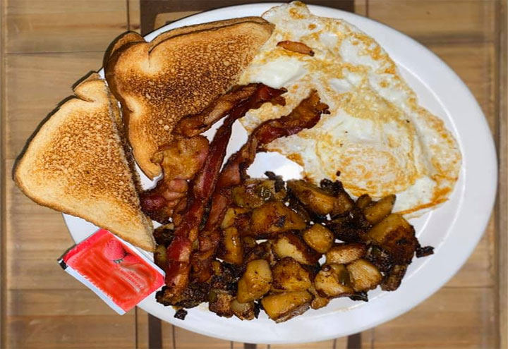 Santini's Deli & Grill in Bridgeport, CT at Restaurant.com