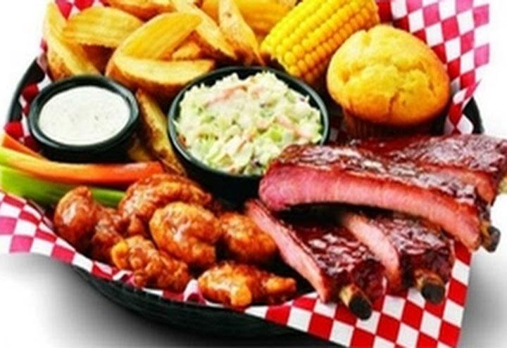 Landshark Seafood & Oyster Bar in Cottondale, FL at Restaurant.com