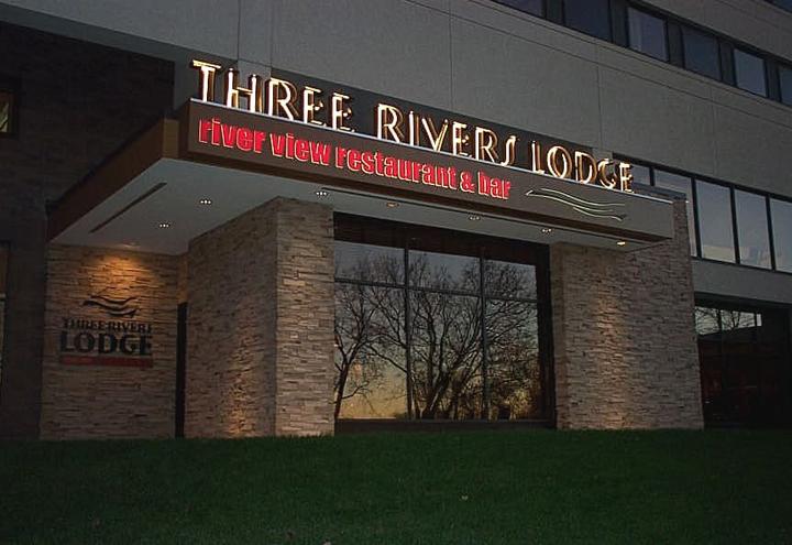 Three Rivers Lodge - Radisson in La Crosse, WI at Restaurant.com
