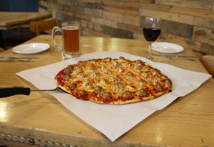 Villa Nova Pizzeria in New Buffalo, MI at Restaurant.com